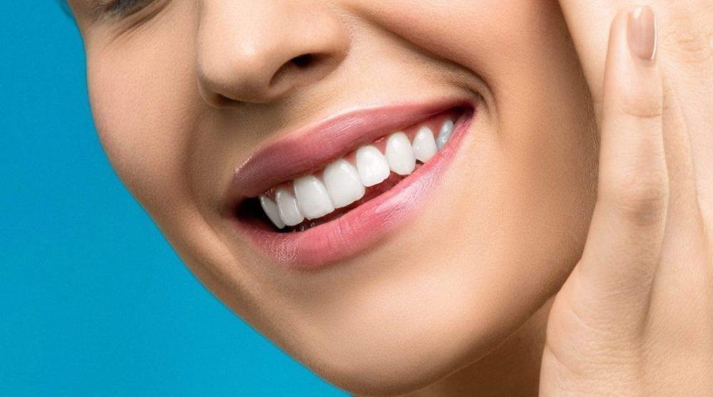 teeth whitening naturally